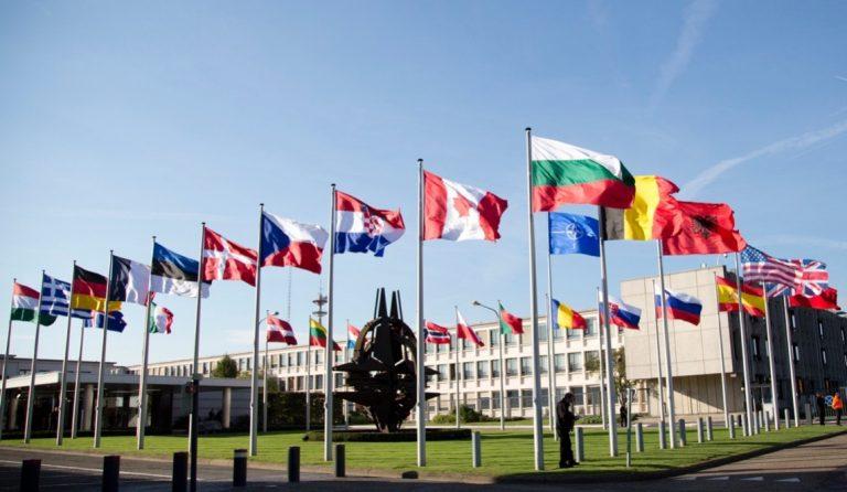 Демократична България: Време е за нов обществен договор за отбраната