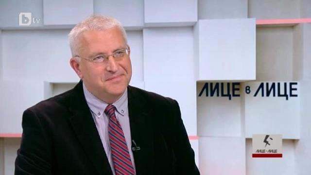 """Светослав Малинов: ЕК ни защитава от правителството по казуса с АЕЦ """"Белене"""""""