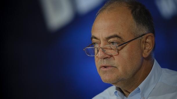 Атанас Атанасов: На финала на мандата си Цацаров вече се осветява
