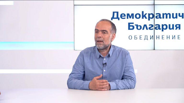 Разговор с Тома Белев от листата на Демократична България с преференция 109 в рубриката Избери страна в битката за България с Милен Цветков