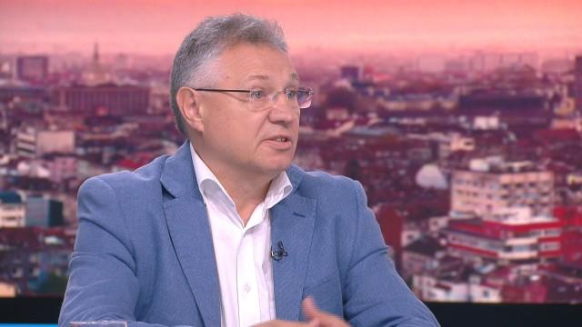 Велизар Шаламанов: Купуването на F-16 е свързано с преструктурирането на армията