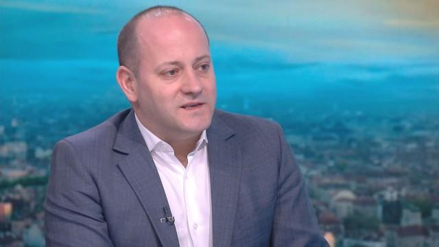 """Радан Кънев: Финансирането на АМ """"Струма"""" отпадна, защото проектът не е одобрен от ЕК"""