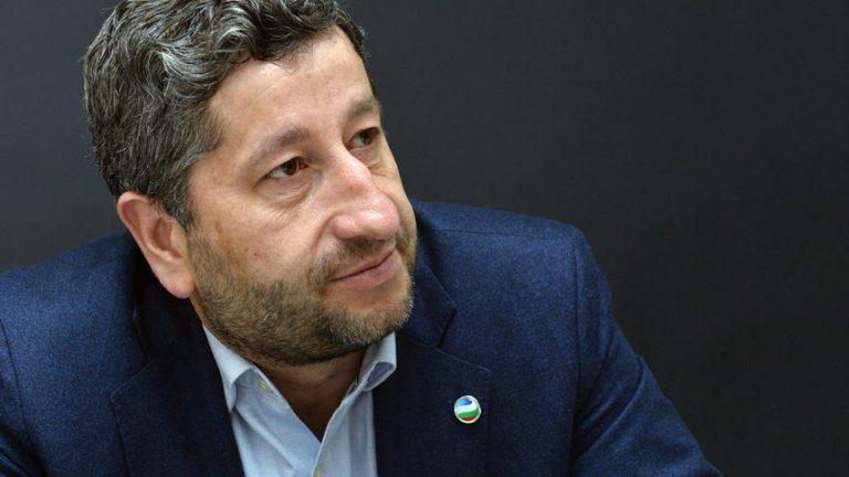 """Христо Иванов: """"Демократична България"""" ще създаде компетентна прослойка, която да тласне страната напред"""