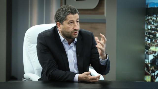 Христо Иванов: Трябва да намерим начин да възстановим работата на институциите
