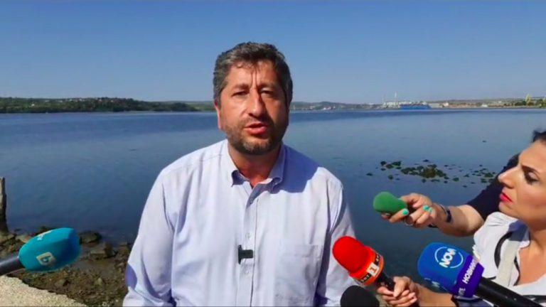 Още един подарък за Доган - пристанище във Варна
