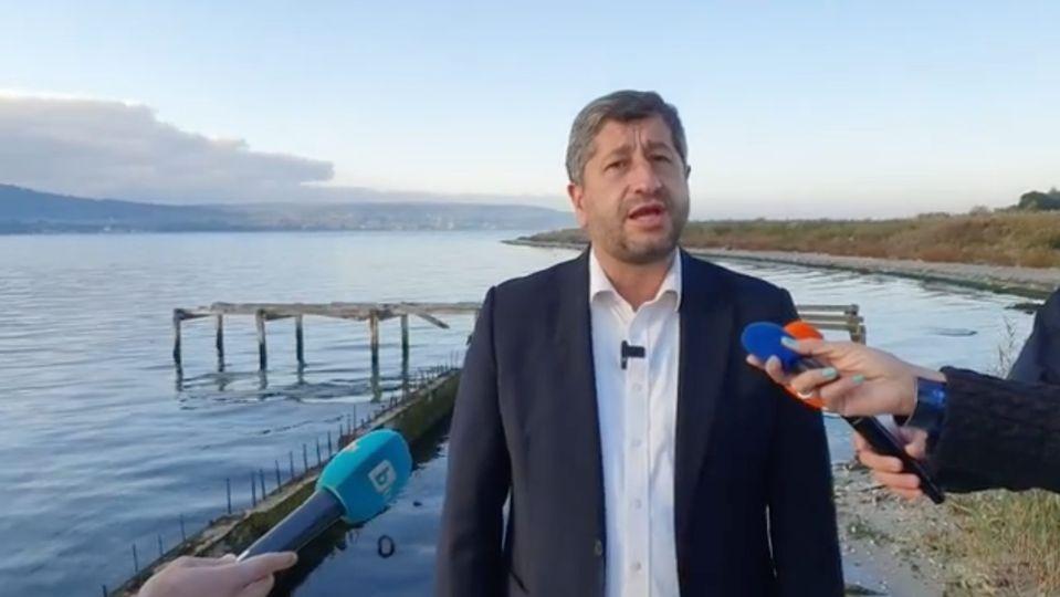 Христо Иванов: С подкрепата на институциите парите ни отиват не на ползу роду, а на ползу Догану
