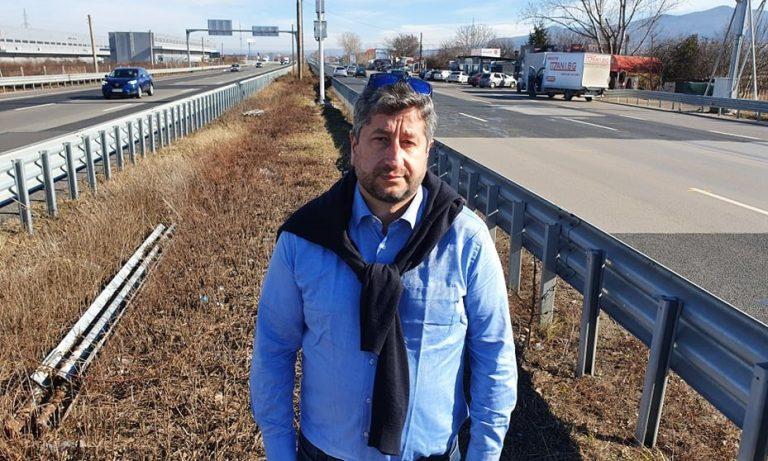 """Христо Иванов: Поскъпването на ремонта на """"Тракия"""" говори за скрита корупционна премия"""