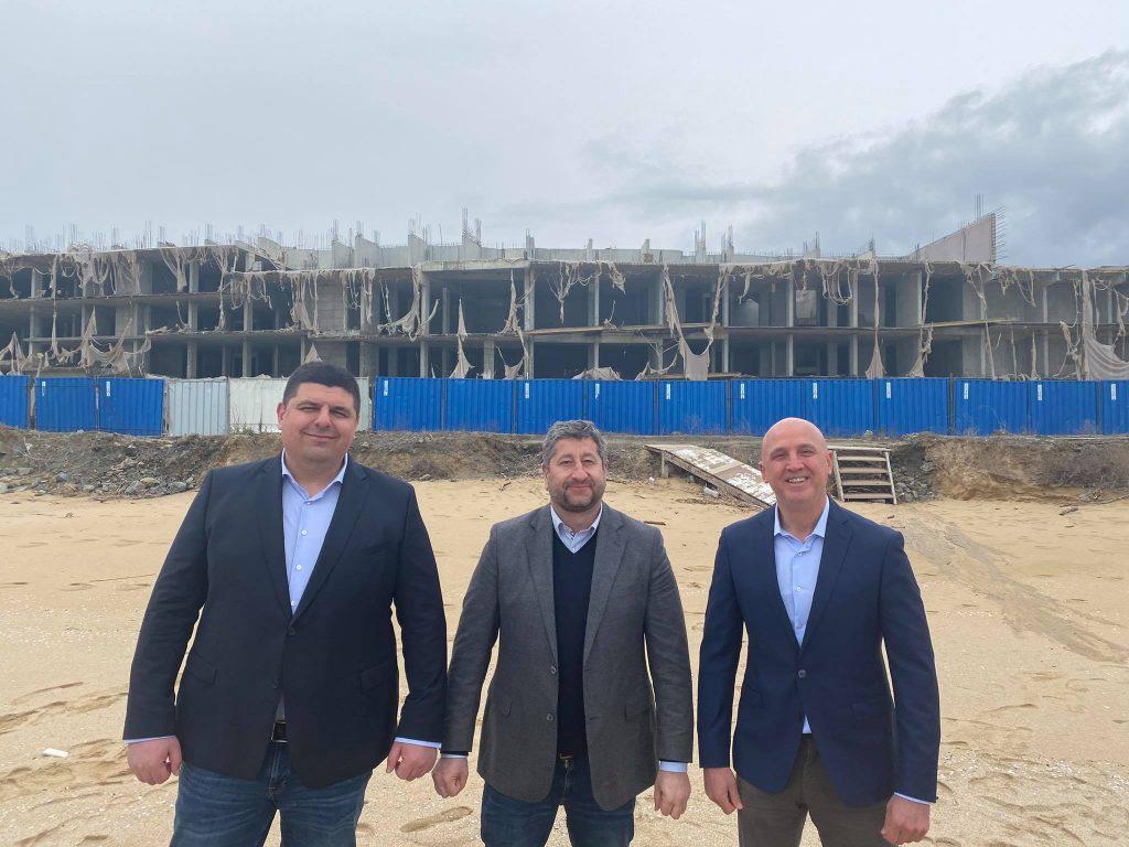 """Демократична България с пробив за събарянето на """"подпорния хотел"""" на Алепу"""
