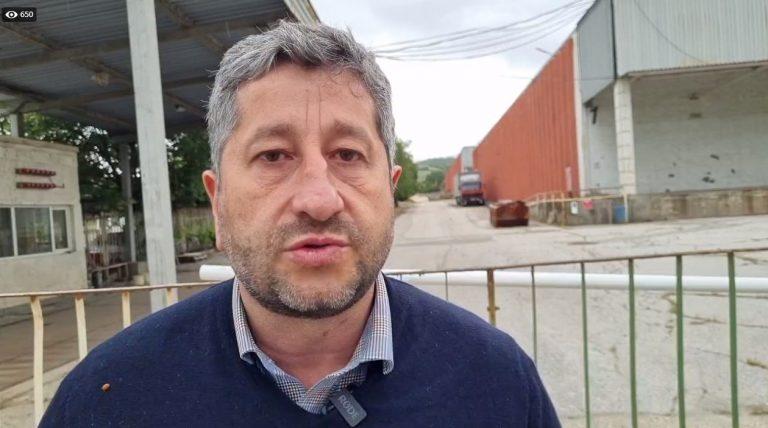 "Христо Иванов: Кариесите на Доган доведоха до обезкостяването на ""Булгартабак"""