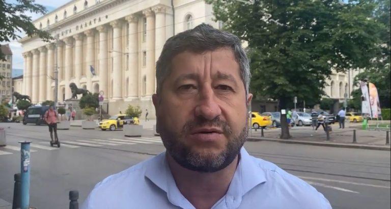 Христо Иванов към избирателите на ГЕРБ: Не ставайте щит на този все по-обезумял Борисов
