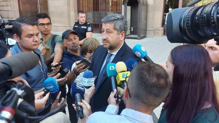 """Христо Иванов: """"Демократична България"""" има ясен ангажимент да не подкрепя правителство с мандат на БСП"""